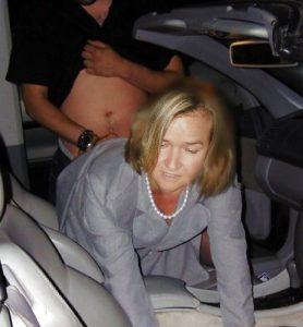 Проститутка в машине